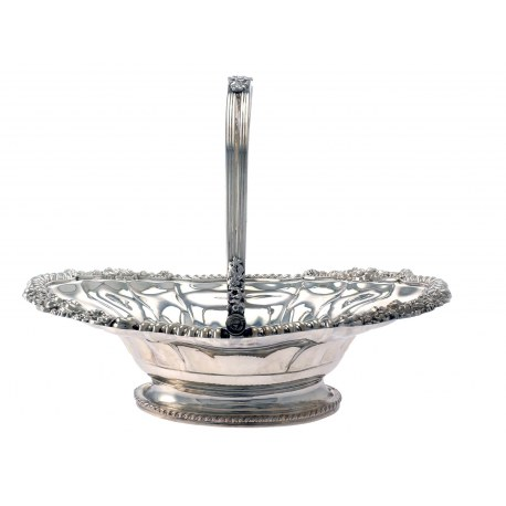 An Attractive Large George III Oval Silver Basket c.1820