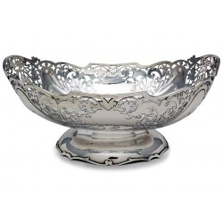 Charming Oval Boat Shaped Silver Bowl c.1941