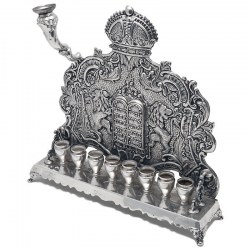 Quality 20 troy oz sterling silver Hanukkah lamp. Circa 1920
