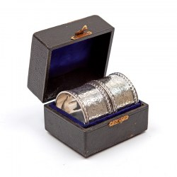 Boxed Pair of Silver Napkin Rings with Floral Engraving and Empty Cartouch