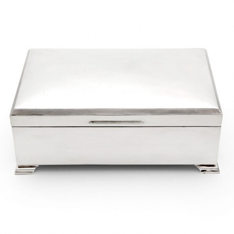 Stylish Large Vintage Silver Cigarette or Cigar Table Box
