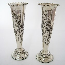 Good Quality Pair of Edwardian Silver Flower Vases with a Crimped Border