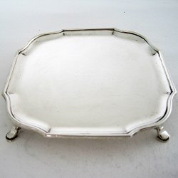 """Charming 12.7cm (5"""") Silver Salver with a Plain Square Face"""