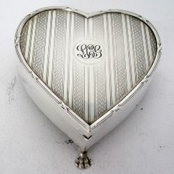Silver Heart Shaped Jewellery Casket or Box with a Hinged Lid (1919)
