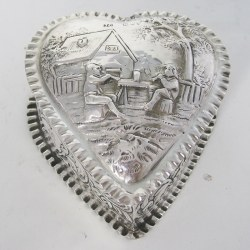 Charming Large Victorian Silver Heart Shaped Jewellery or Trinket Box