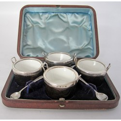 Boxed Set of Four Novelty Victorian Pail Shaped Silver and Oak Salts
