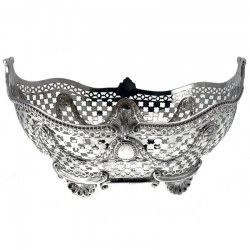 Pierced Oval Silver Bowl with Wavy Beaded Border