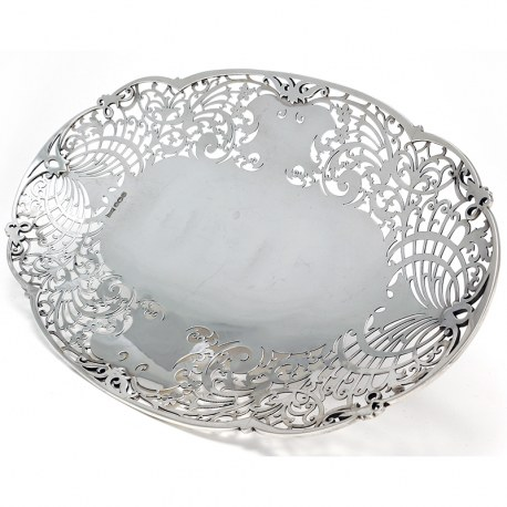 Attractive Walker & Hall Oval Silver Dish c.1938