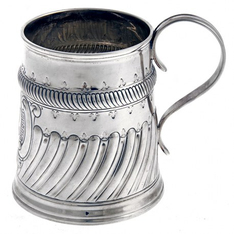 Edwardian Carrington and Co Silver Pint Mug (1909)
