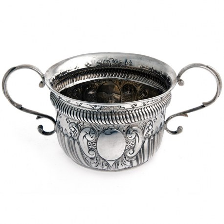 Edwardian Nathan and Hayes Silver Porringer (1904)