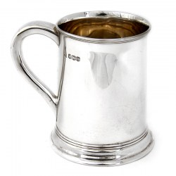 Plain Silver Half Pint Mug with Plain Scroll Handle. Date 1921