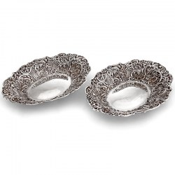 Pair of Decorative Oval Silver Bon Bon Dishes (1894)