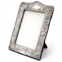 Art Nouveau Style Silver Photo or Picture Frame with Stylised Flower Reliefs (1903)