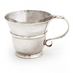 9 Troy Oz Antique Edinburgh Silver Childs Mug (1919)
