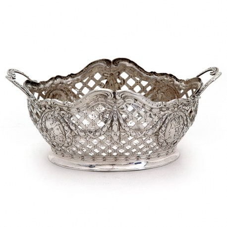 Continental Pierced Silver Bowl Featuring Male and Female Roman Cameos (1902)