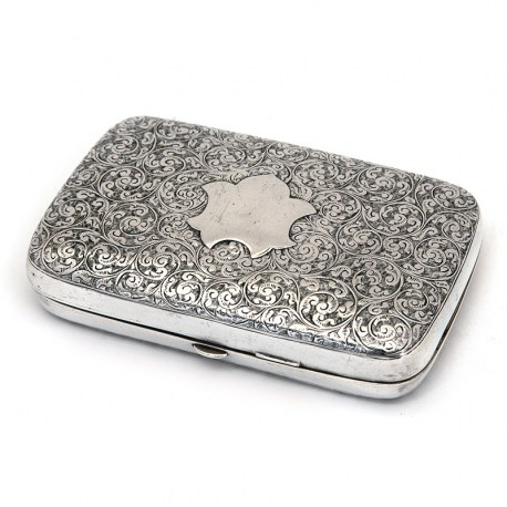 Decorative Victorian Silver Cigar Case Engraved all Around with Floral Scrolls