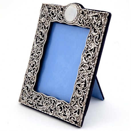 Ornate Antique Edwardian Silver Photo or Picture Frame (1905)