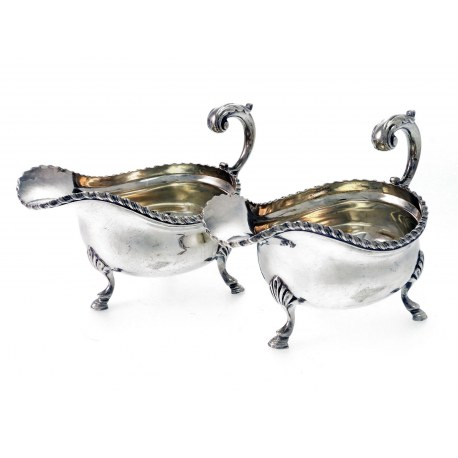 Pair of Silver Sauce Boats in George III Style c.1916