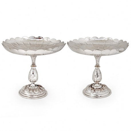 Pair of Antique Elkington Silver Plated Comports with Fluted Scalloped Bowls