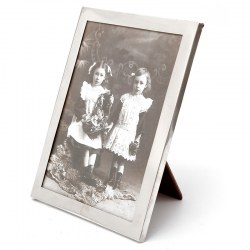 Silver Photo Frame with a Good Gauge Completely Plain Silver Border