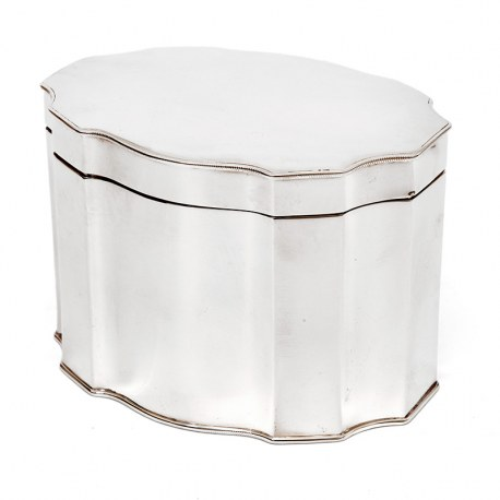 Good Quality Silver Plated Box in an Oval Shaped Form with a Hinged Lid